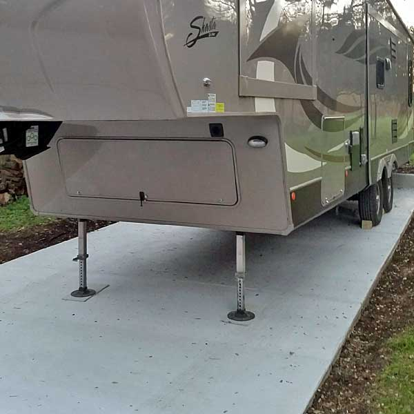 Driveway for Travel Trailer - Photo 5 of 5